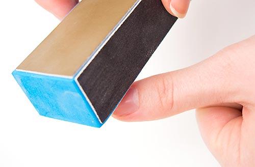 шлифуем ногтевую пластину