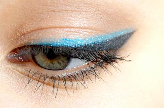 как правильно накрасить глаза карандашом интересные стрелки