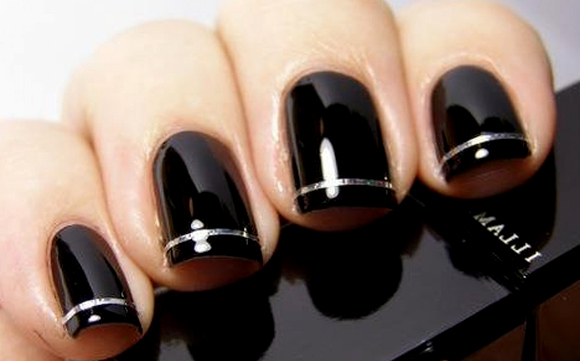 Маникюр под черное короткое платье