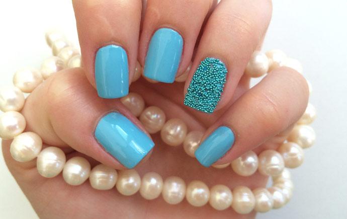 Бульонки дизайн на ногтях