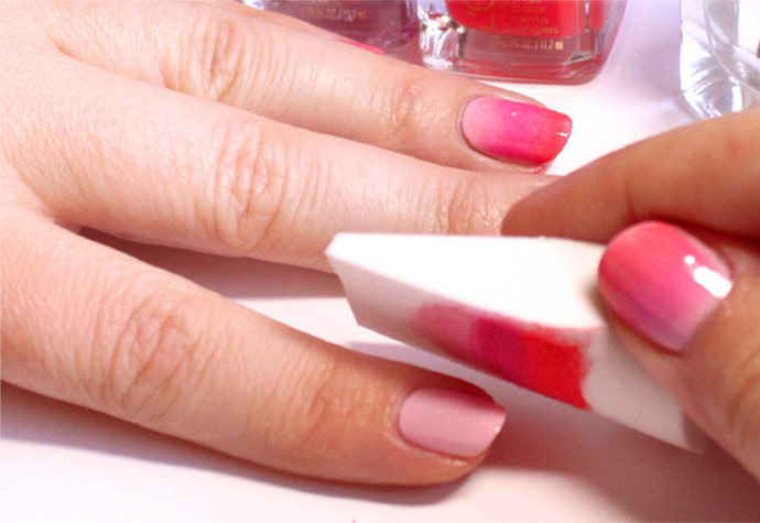 Переводим с губки на ногти