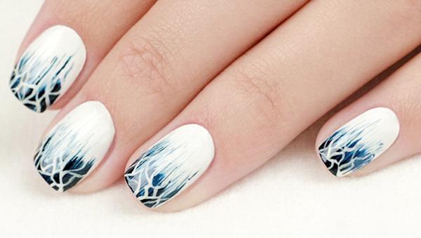 рисунок шеллаком на ногтях