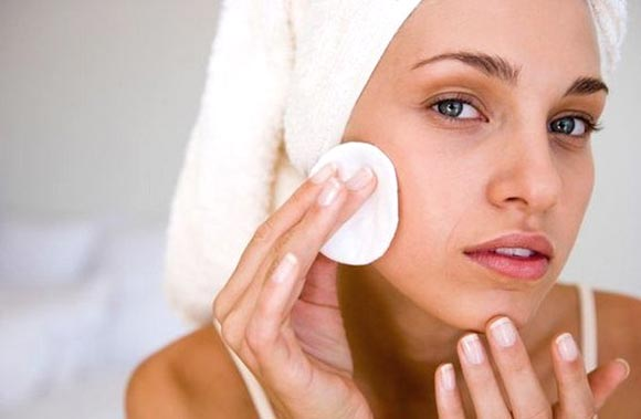 Крем от шелушения кожи на лице