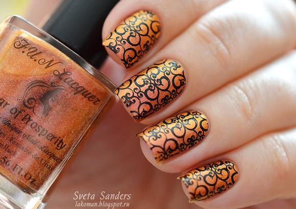 красивый орнамент стемпингом для ногтей