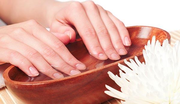 Смягчение рук в домашних условиях